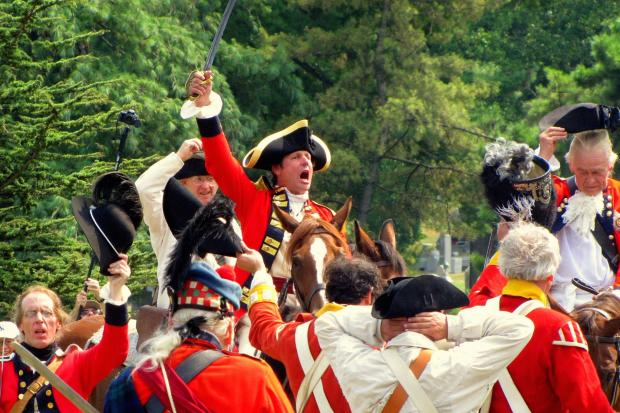 Revolutionary War reenactors bring the Battle of Brooklyn alive at Green-Wood Cemetery in 2015.