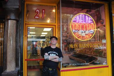 Manhattan 39 s oldest tattoo shop celebrates 40th anniversary for Tattoo shops in new york