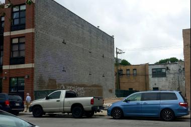 Proposed site of 32 studio apartments at 1665 N. Milwaukee Ave.
