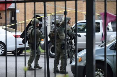 A SWAT team in Rogers Park.