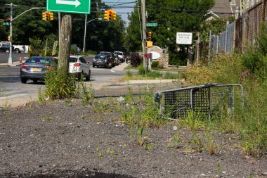 The city will install a new sidewalk on Veterans Road West, from Arthur Kill Road to the new Shoprite, after years of requests from nearby residents.