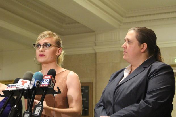 Chicago transgender bars-9818