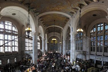The Winter Flea is returning to Fort Greene's 1 Hanson Place, the landmarked site of the former Williamsburgh Savings Bank Tower, this November.