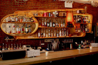Popular Franklin Avenue bar One Last Shag closed its doors on Aug. 31, the owners wrote in an online post.