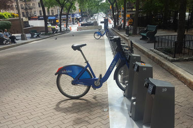 Community Board 8's transportation committee will ask the DOT to move the new Citi Bike station around the corner.