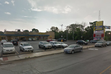 East garfield park fire destroys strip mall 2 for Jj fish chicago il