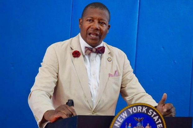 Incumbent State Sen. James Sanders Jr.won the Democratic primary inSoutheast Queens'10th Senate District Tuesday.