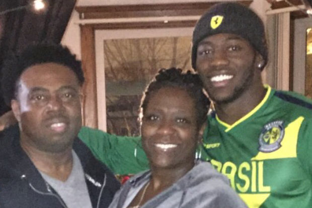 Chicago's James Graham with his parents, Tammie and James.