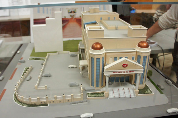 A model of the proposed new Universal Church planned for 68-03 Roosevelt Ave.