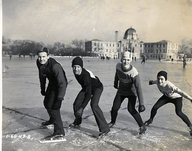 Chicago used to host giant speed skating competitions, with upward of 60,000 in attendance.