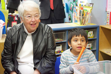 Schools Chancellor Carmen Farina met with students at P.S. 171 in Astoria on Jan. 5, 2017 to announce a new college savings pilot program.