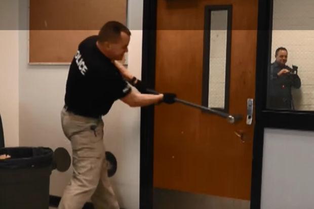 Gunman Blocking Door Locks Installed In Depaul S