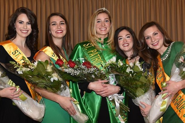 St. Patrick's Day Queen Visit @ Eli's Cheesecake Bakery Cafe | Chicago | Illinois | United States