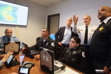 Mayor Rahm Emanuel and Supt. Eddie Johnson tour the Strategic Decision Support Center at the Engelwood Police District Headquarters.