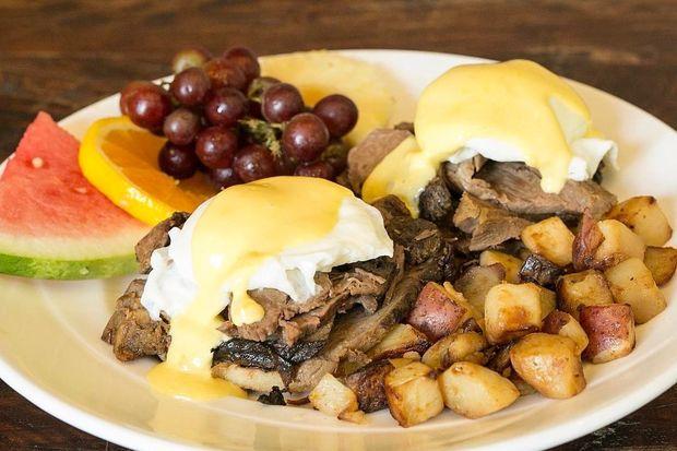 Pot roast eggs benedict at Yolk