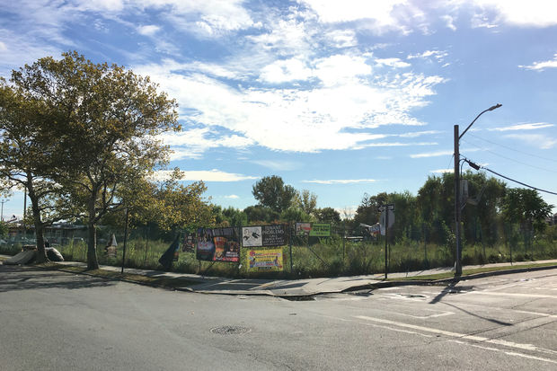 Radson Development has filed plans for a 12-story building it plans to build on this empty lot at 2858 Linden Boulevard between Amber and Emerald streets in East New York.