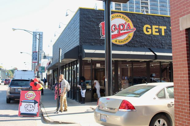Pop's Italian Beef & Sausage has opened in Old Town at 157 W. North Ave.