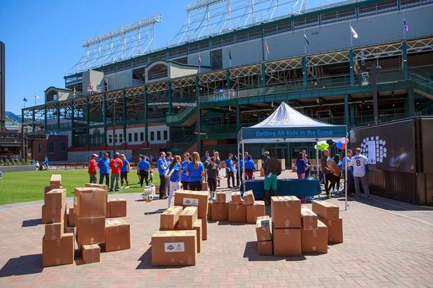 The Canaryville Little League received a donation of equipment from the Chicago Cubs for its upcoming season.