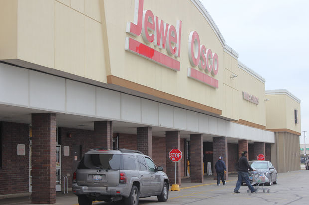 Some shoppers and residents say the Jewel on 75th and Stony Island is unsafe.