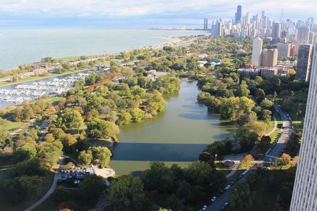 Lincoln Park leads the Chicago area in sales of $1 million homes.