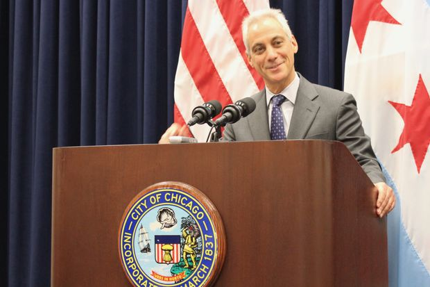 The mayor's proposed$8.6 billionspending planfor 2018 would raiseraise taxes onUberorLyft rides and hike the tax on phone lines.