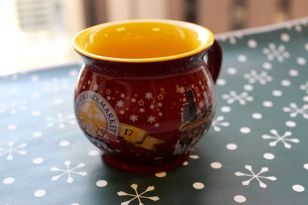 The 2017 Christkindlmarket mug has a punch kettle shape.