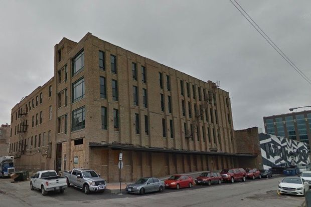 Building owners want to remake a four-story building at Peoria and Wayman into a hotel with a ground-floor restaurant.