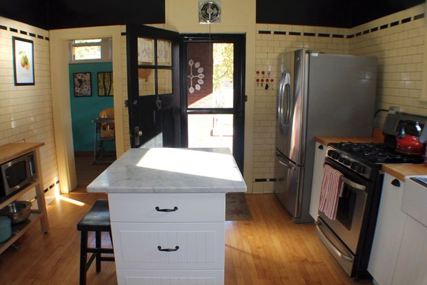 Beverly bungalow award winner credits thrifty kitchen for Win a kitchen renovation