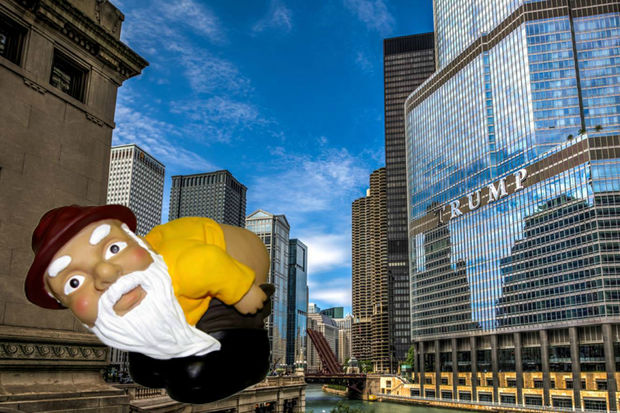 Hundreds of people on Facebook say they'll moon Trump Tower in 10 days in an attempt to get Donald Trump to release his tax returns.