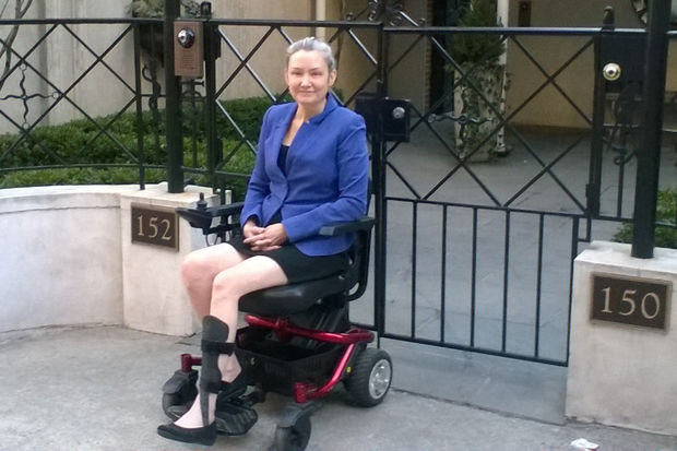 Lawyer In Wheelchair Sues Bronx Da S Office For