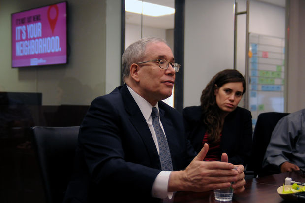 Even as Comptroller Scott Stringer seemingly dismissed the idea of running for mayor during an hourlong interview with reporters and editors from DNAinfo New York, he offered strong criticisms of Mayor Bill de Blasio's management style on the issues of homelessness and affordable housing.