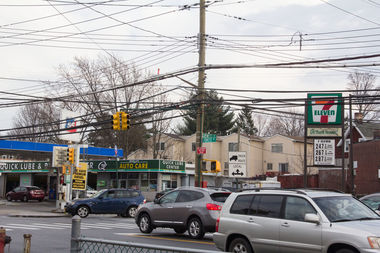 The city will add left turn signals to three busy intersections in the spring — including Forest and Jewett avenues — after request by Councilman Steven Matteo.