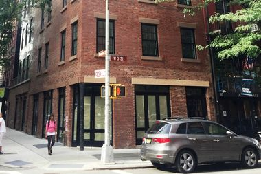 Upstate-based Irving Farm Coffee Roasters inked a lease for a corner space on West Third Street.