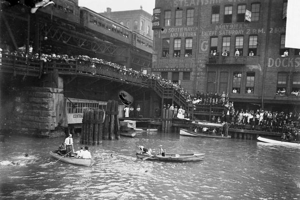 The Chicago River used to host massive long-distance swimming events.