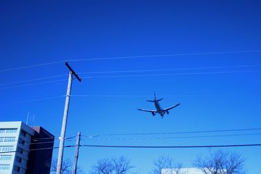 A plane approaching for a landing at O'Hare Airport
