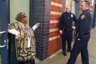 NYPD Neighborhood Coordination Officers Peter DiViesti (left) and Pearse Canavan talk with non-violence advocate Jackie Rowe-Adams, 68, during a recent community visit.