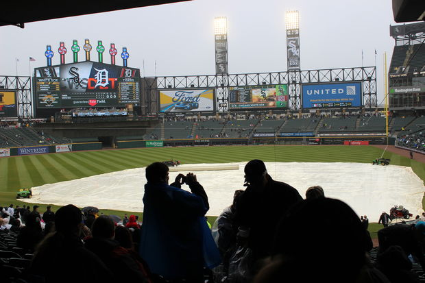 With rain threatening to cancel the first game, fans poured into Guaranteed Rate Field Monday.