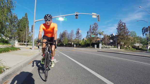 Edwin Velarde, a former Chicago resident, is planning a bike ride from Chicago to Atlanta to promote a healthy lifestyle and inspire others to take control of their wellness.