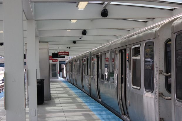 A 33-year-old man was shot to death early Monday after arguing with a man on the Garfield Red Line