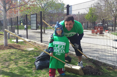 West Loop neighbors work to spruce up Mary Bartelme Park at a clean and green event in 2015.