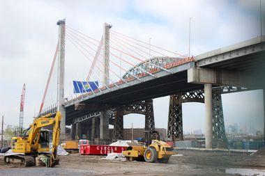 The new park will be created near the Queens base of the new Kosciuszko Bridge, and is expected to open in 2020.