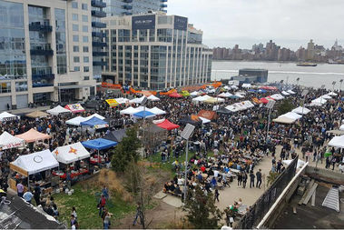 Around 20,000 poeple turned up to Smorgasburg and Brooklyn Flea on a recent spring weekend.