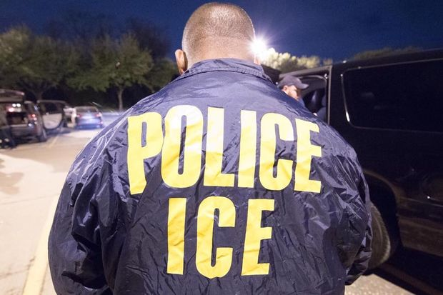 Chicago Police typically don't share information regarding undocumented citizens with federal immigration agents, except in a few instances, like if they are in the police department's gang database.