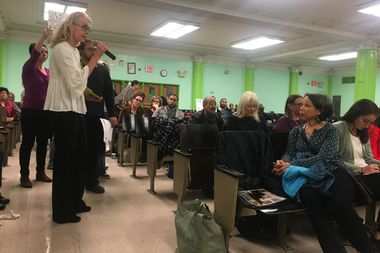 The final Inwood Library redevelopment project report was presented Monday night in English only, leaving the predominantly Spanish-speaking community