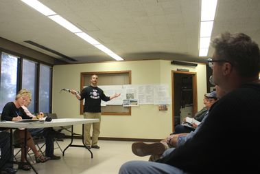 Ald. Anthony Napolitano (41st) speaks to a meeting of the Brooks Park Advisory Council on Monday