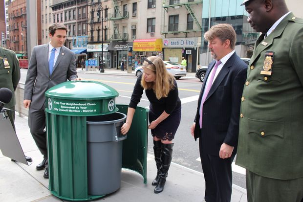 From left to right: Councilman Ben Kallos, Sanitation Commissioner Kathryn Garcia and Andrew Fine of the East 86th Street Association.