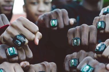 The Morgan Park High School boys basketball team shows off their state championship rings in a social media post from former Chicago Bear Martellus Bennett. The tight end helped design and pay for the rings.