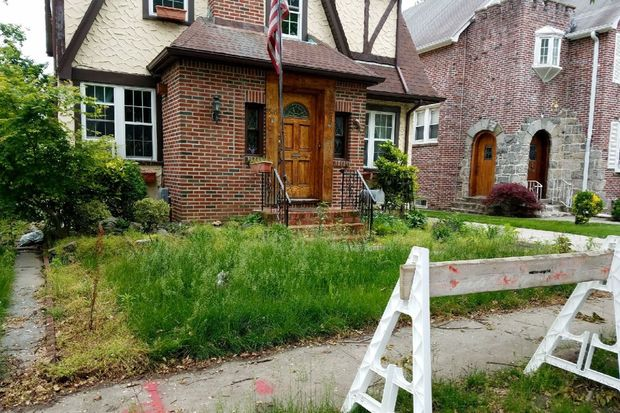 Neighbors complain that Donald Trump's boyhood home in Jamaica Estates has become an eyesore.