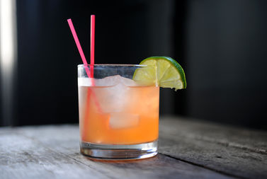 The Shedd Aquarium says this drink has two straws too many and hopes to encourage restaurants to serve drinks with fewer straws.