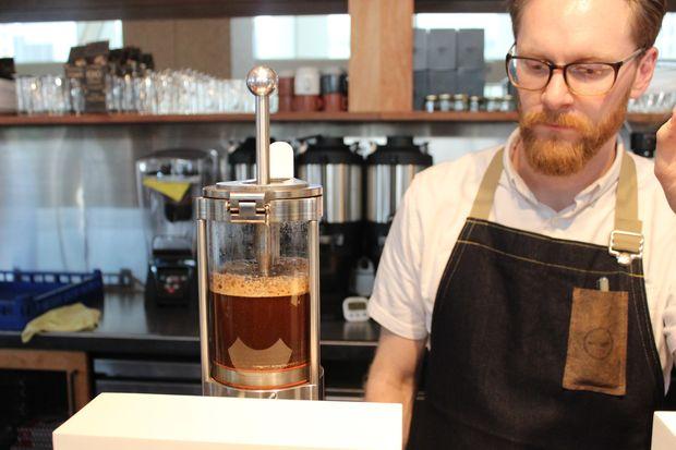 extralarge Loop Coffee Shopsin Chicago